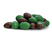 Fresh roasted almonds coated in milk chocolate, mixed with almonds covered with a green mint coating.